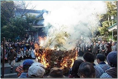 とんど焼き 鳥越神社【平成28年1月8日】