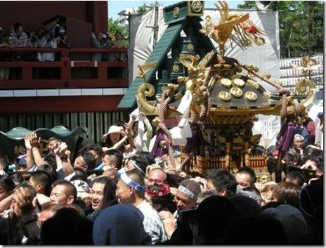 三社祭 【2016年5月13日(金)・14日(土)・15日(日)】