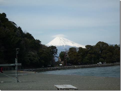 大瀬崎からの富士山)